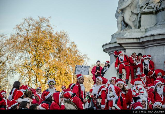 In Pictures: Santacon 2014
