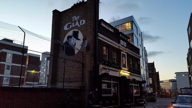 Gladstone Arms
