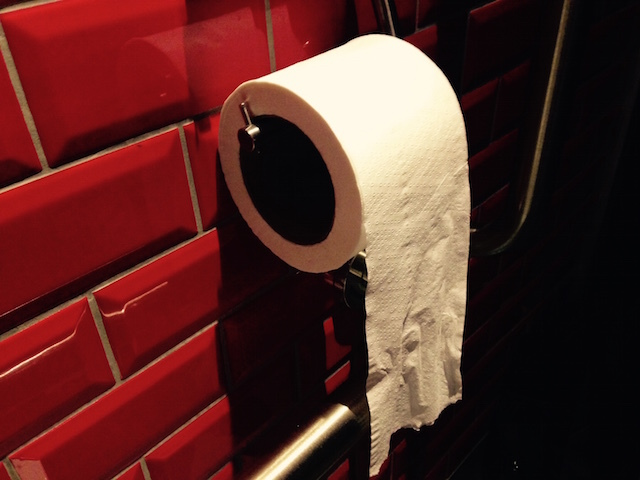 Do Londoners Hang Their Loo Roll Over Or Under?