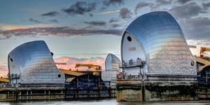 London Short Fiction: Places To Hide A T-Rex In London