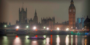 London Dims The Lights For WWF Earth Hour