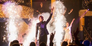 Deal Of The Day: Cabaret Des Distractions At Café De Paris