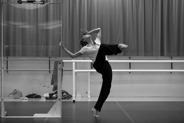 Sylvie Guillem's Swan Song Sombre Yet Spirited