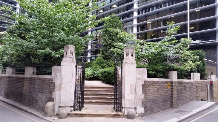 London's Little Gardens: Old City Church Sites
