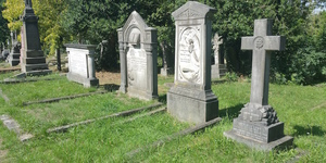 Londonist Out Loud: The Living And The Dead
