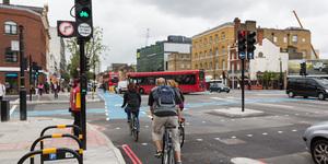 New Traffic Lights Aim To Cut Cyclist Deaths