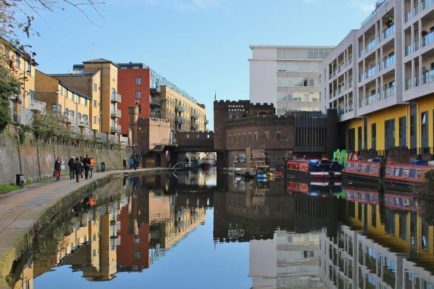 Who Built The Pirate Castle On Regent's Canal?