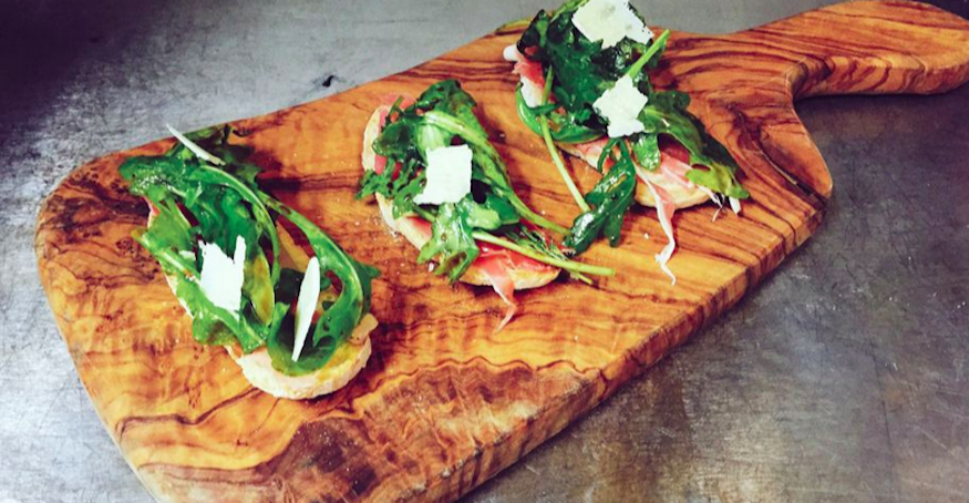 Deal Of The Day: Italian Tapas And Glass Of Wine In Covent Garden