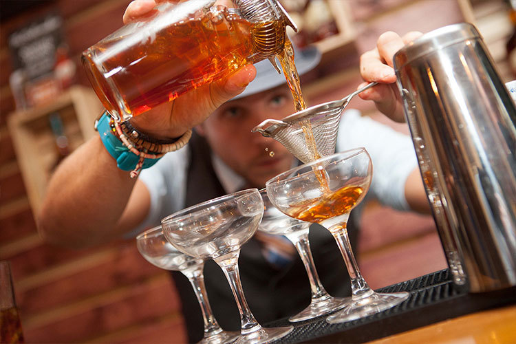 Free Buffalo Trace Whiskey Tastings At This Pop-Up Bar? Yes Please