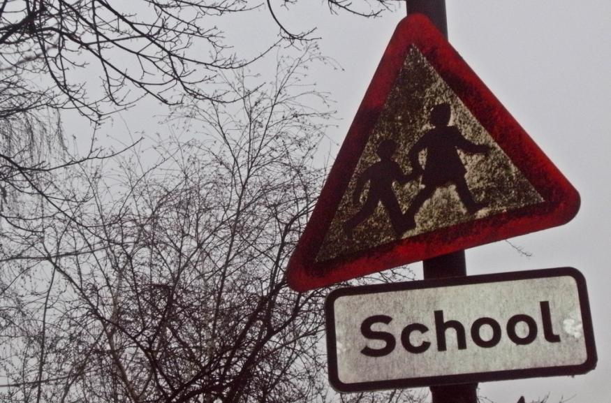 School Proposes Hermetically Sealing Children From Air Pollution