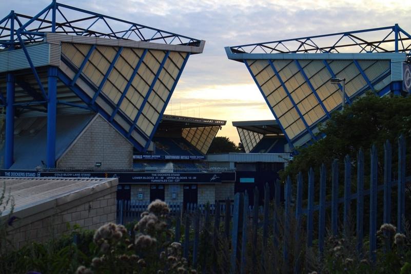 London News Roundup: Father Names Newborn Son 'Bermondsey Millwall Den'