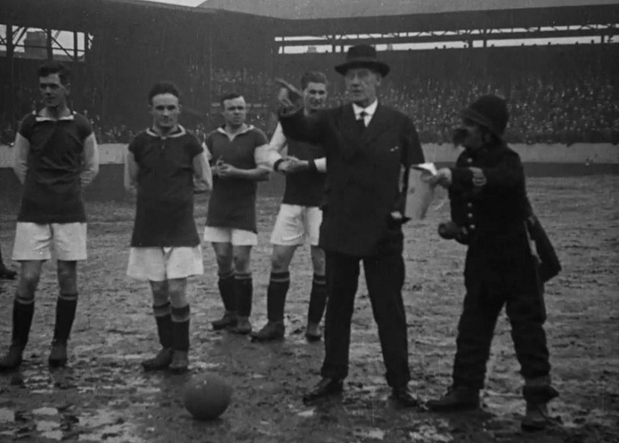 Vintage Football Matches Are Now A Thing