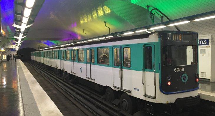 Standard style Metro train