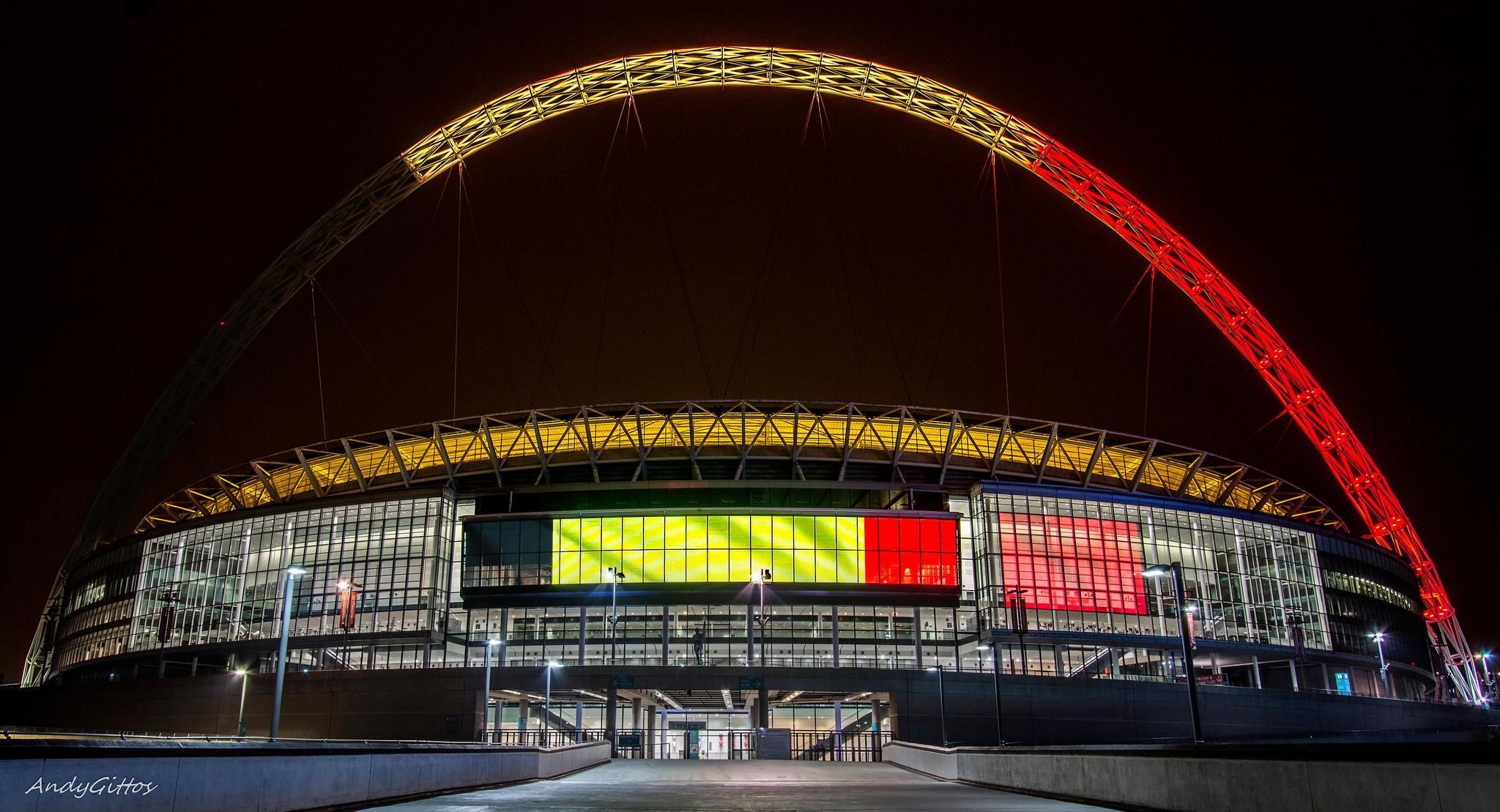London Landmarks Light Up With The Belgian Flag | Londonist