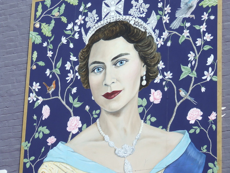 Mural Of The Queen Unveiled At St Christopher's Place