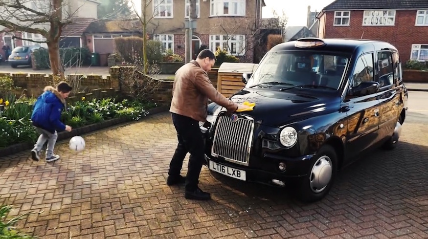 Black Cab Drivers Rerecord Amy Winehouse Classic For Campaign