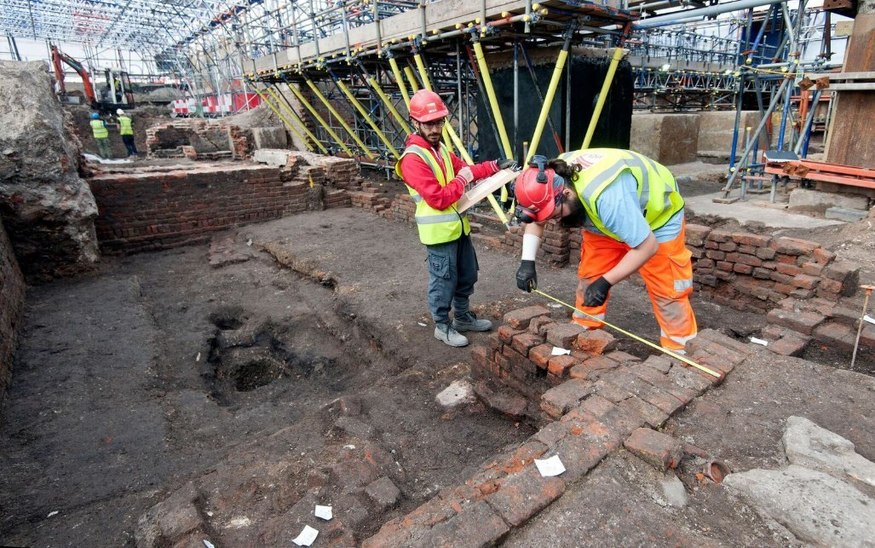 Ancient Sound Effect Device Discovered At Shakespeare Theatre