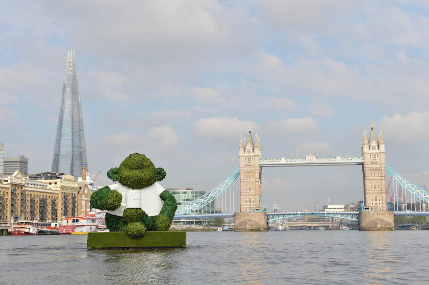 Big Green Monkey Floats Down The Thames