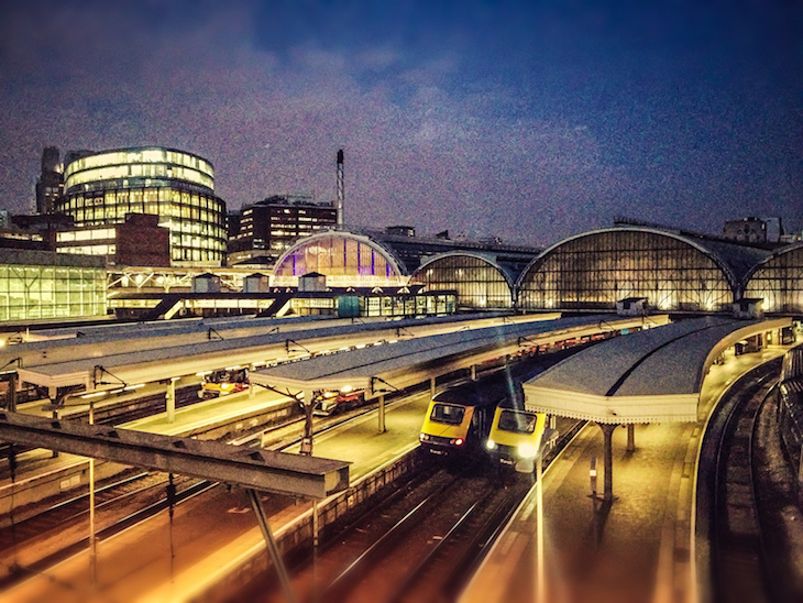 Doesn't Paddington look GORGE in these photos?