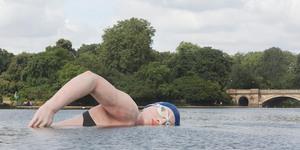 Plastic Swimmer Dominates Serpentine