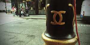 Is The Coco Chanel Logo Really On London's Lampposts?