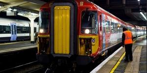 London News Roundup: Major Gatwick Train Delays