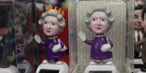 Who Actually Buys London Souvenirs?
