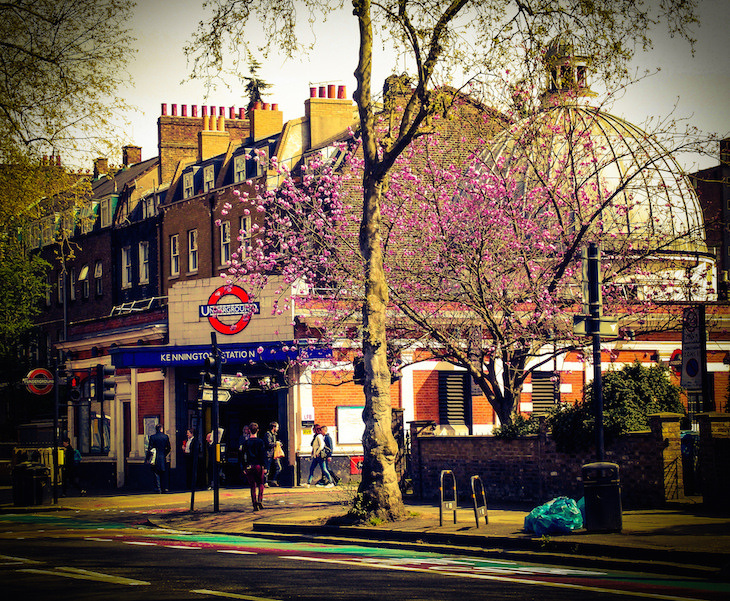 Ever wondered why there's a dome on top of Kennington station? Here's the answer