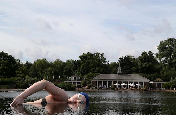 Massive Rebecca Adlington Statue Appears In The Serpentine