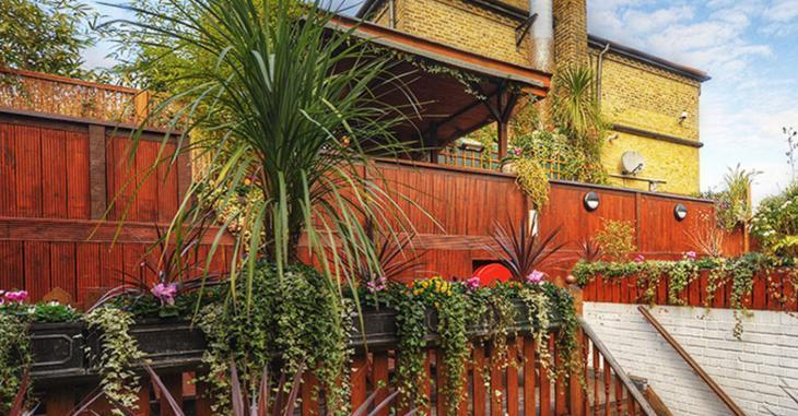 Try a rooftop garden pub crawl of central London ->