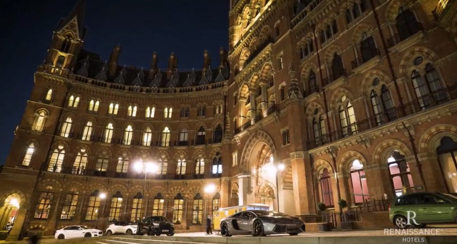 Bring The Best Of London To You With Renaissance Hotels