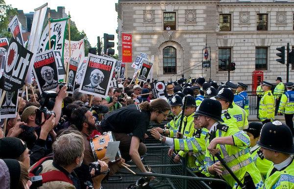 Bush_Protest.jpg