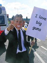 i_love_big_guns.jpg