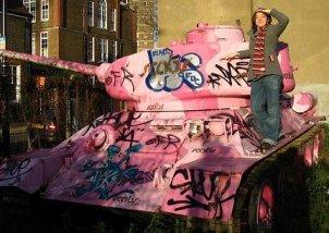 pink_tank.jpg