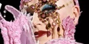The Met Visit Erotica 2005