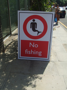 No fishing Graham Street.jpg