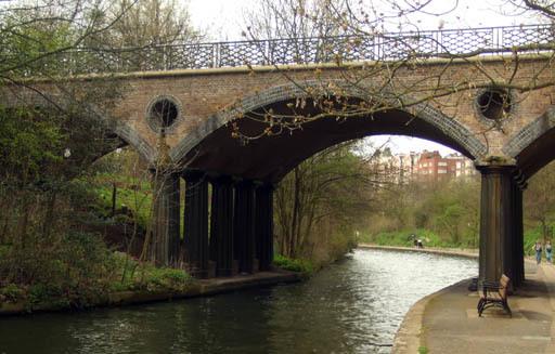 MacclesfieldBridge.jpg