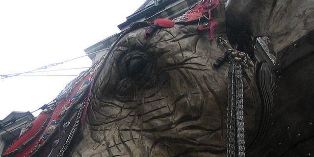 Santa's Lap: The Sultan's Elephant