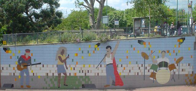 Live Aid mural