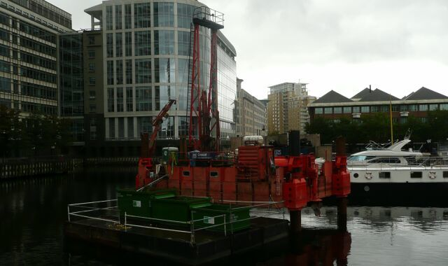 Contraption in West India Dock