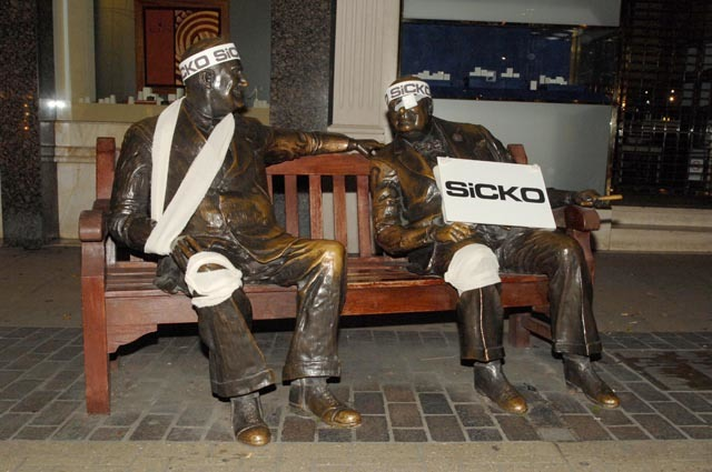 Sicko Statues