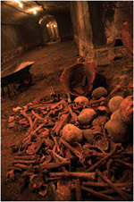 tombs1.jpg