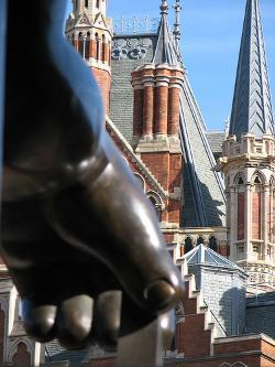 Arrivals: Celebrating St Pancras International