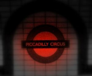 Piccadilly-Circus-Red.jpg