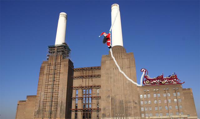 Touch Up London #74: Battersea Santa