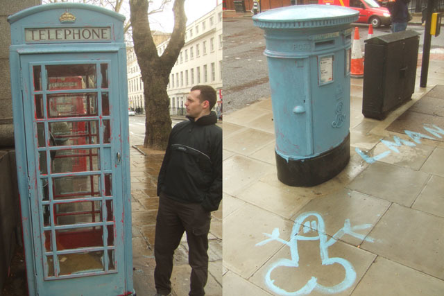 Random Graffiti Of The Week: Painting The Town Blue