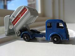 Free The Rubbish Truck Mascots!