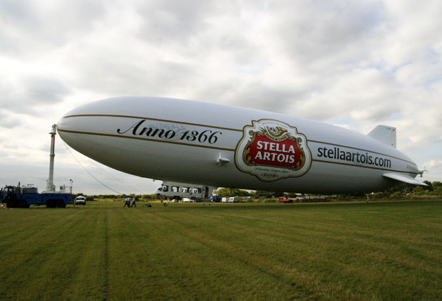 9482_airship_grounded.jpg