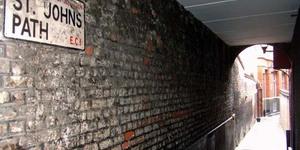 Londonist's Back Passage: St John's Passage