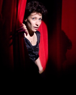 Review: Piaf at Donmar Warehouse